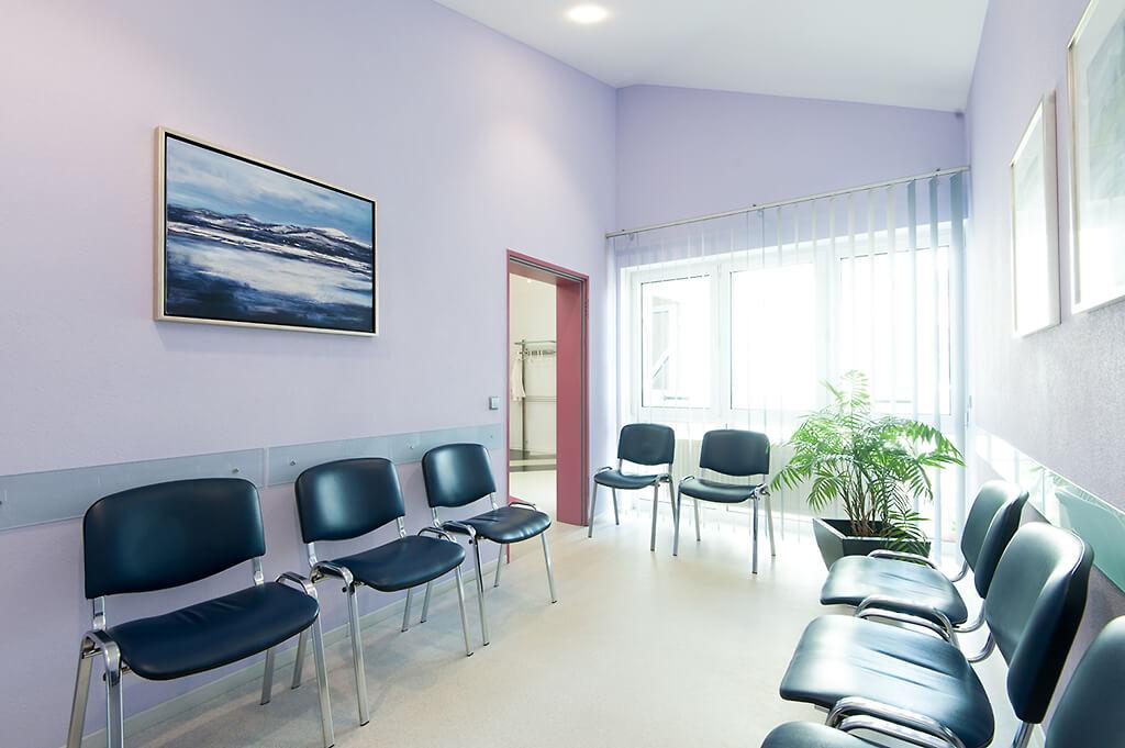 wartezimmer-praxis-radiologie-balingen-claussen